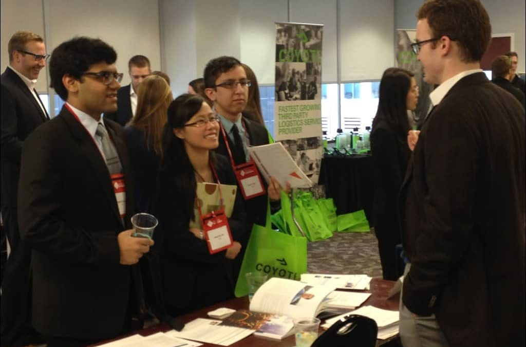 Students connect to alumni, employers at First Look Chicago