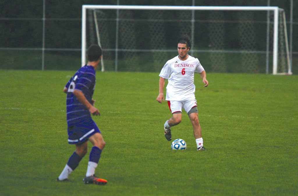 Men's soccer stays unbeaten with 7th win