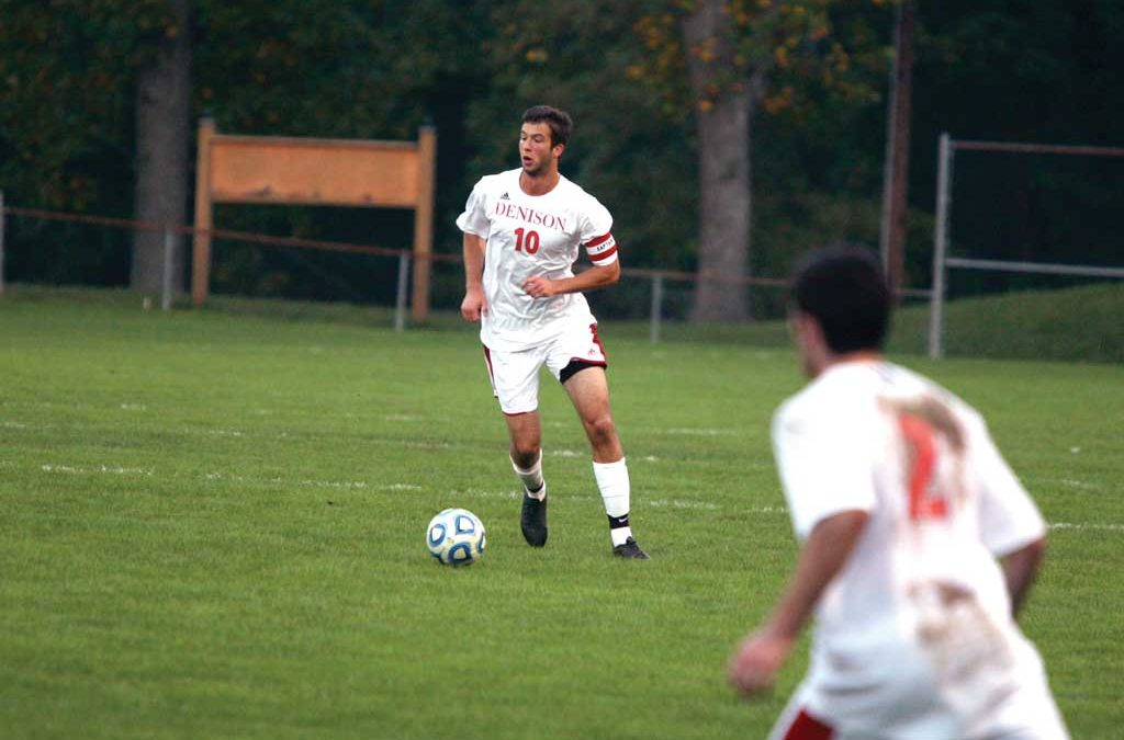 Men's Soccer dominate No. 23 Oberlin, shocked by Wabash