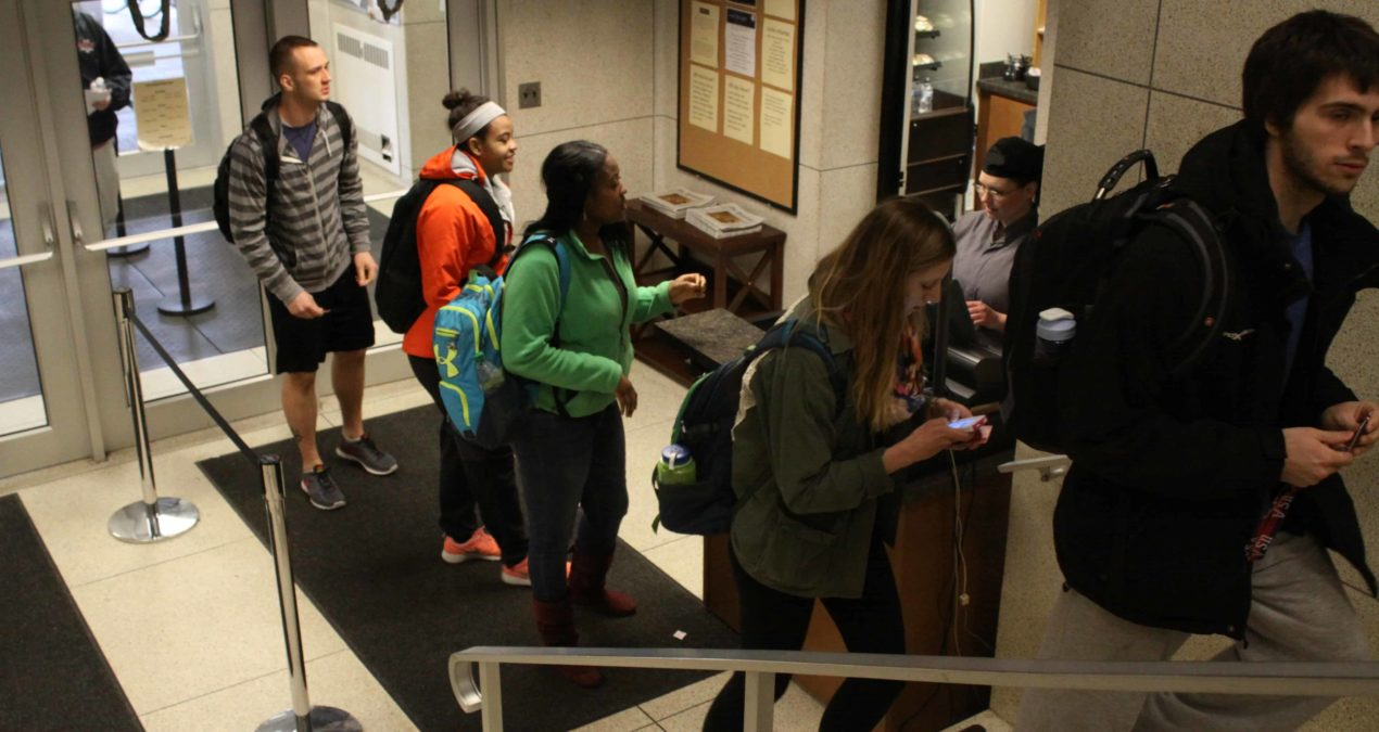 Put down that cookie: Students taking food from dining halls