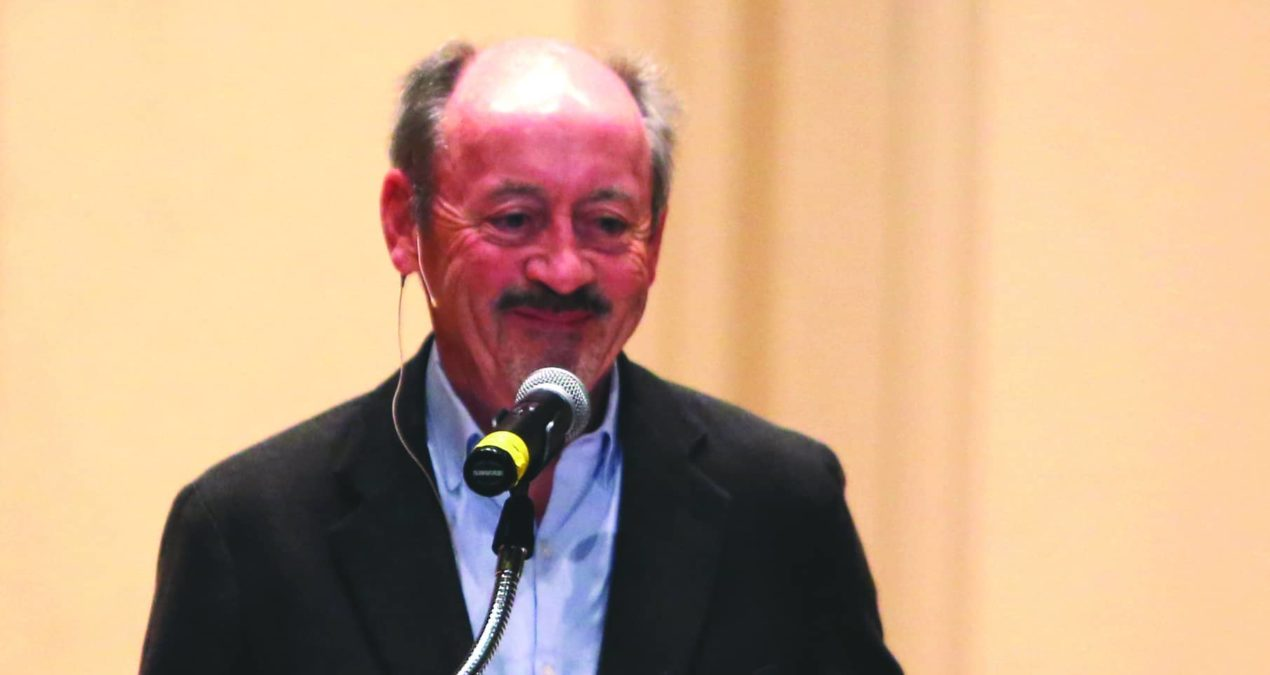 Billy Collins rivets audience with poetry reading