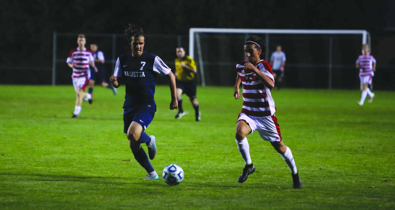 Big Red Men's Soccer split games against conference teams