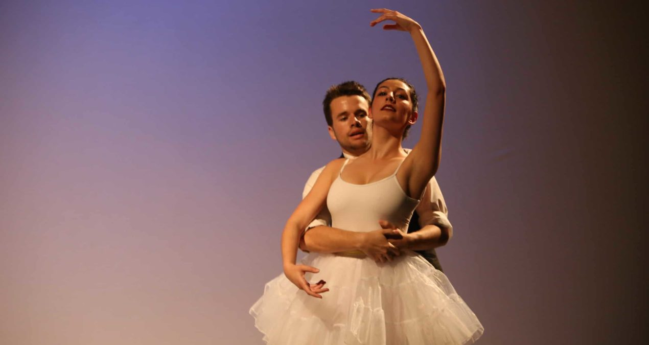 Hailey Bruce '16 tells story, evokes emotion through dance