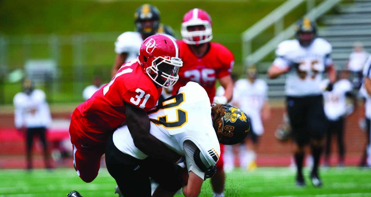 Football ends streak after losing to DePauw University, 30-16